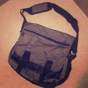 📚Grey/Black Laptop/Book Bag w/lots of room📚